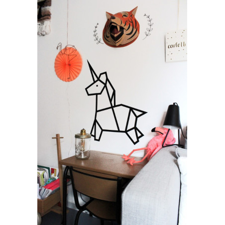 décoration murale chambre enfant licorne noir