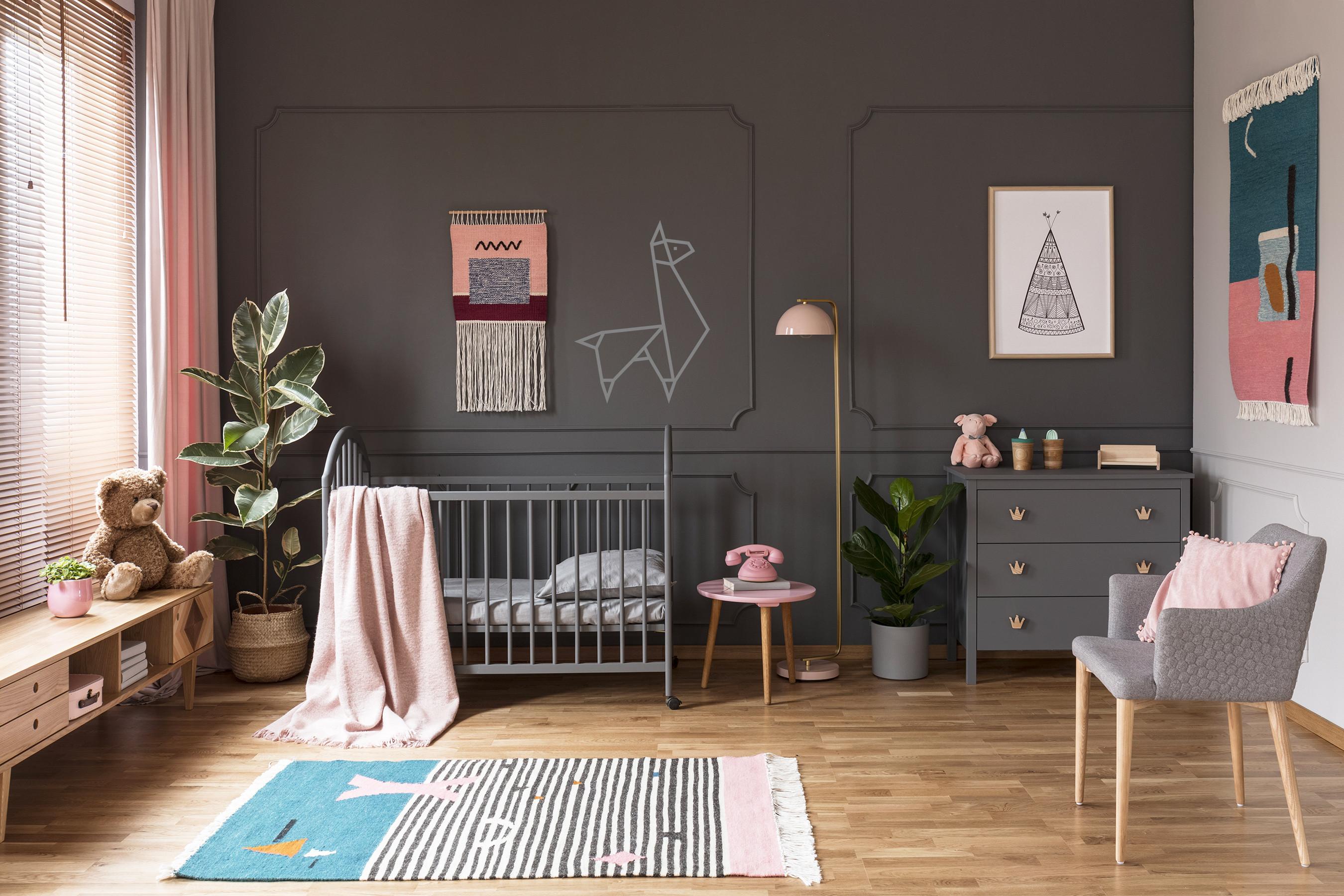 decoration murale masking tape lama chambre enfant argenté