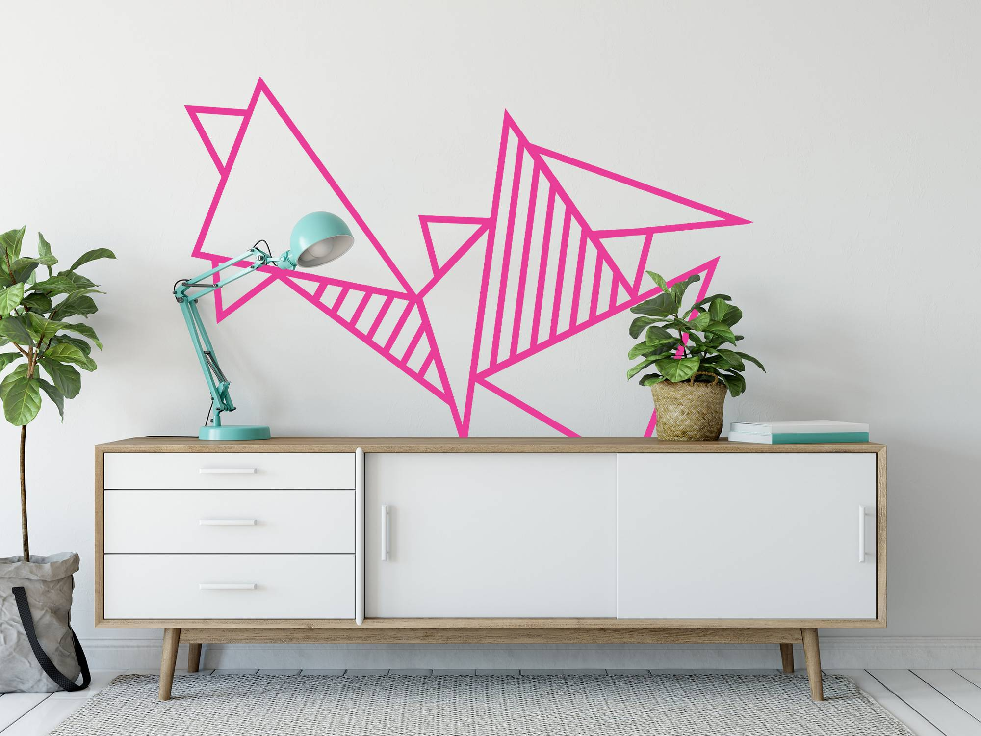 decoration murale tuto diy masking tape salon triangle rose