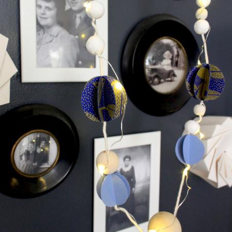 Atelier déco DIY guirlande de Noël avec sérigraphie